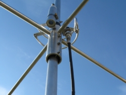 XFORCE'S - SECOND GENERATION COLOSSAL 7.5KW 5/8 WAVE GROUND PLANE ANTENNA  - Product Image
